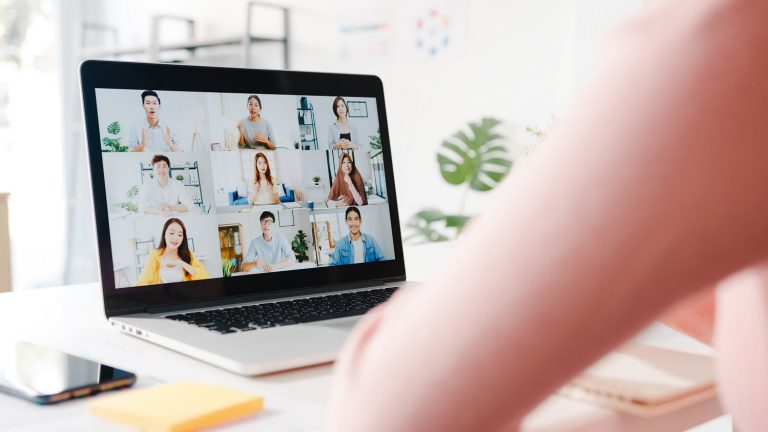 Mistakes to Avoid When Managing Remote Working Team